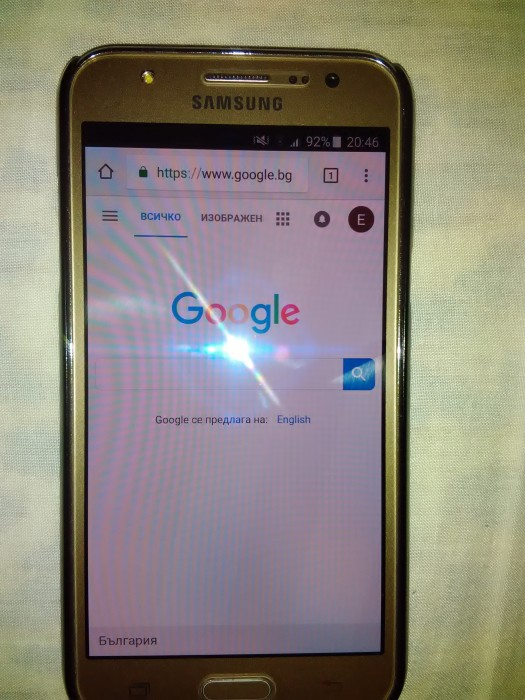 Продавам Samsung Galaxy J5 Gold 2015